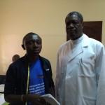 Arsène Tungali et Dr Denis Mukwege après l'entretien à l'Hopital Panzi